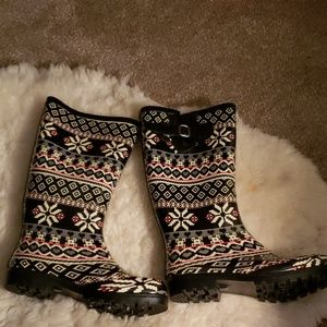 Nomad Snow Flake Rain Boots**NEW**